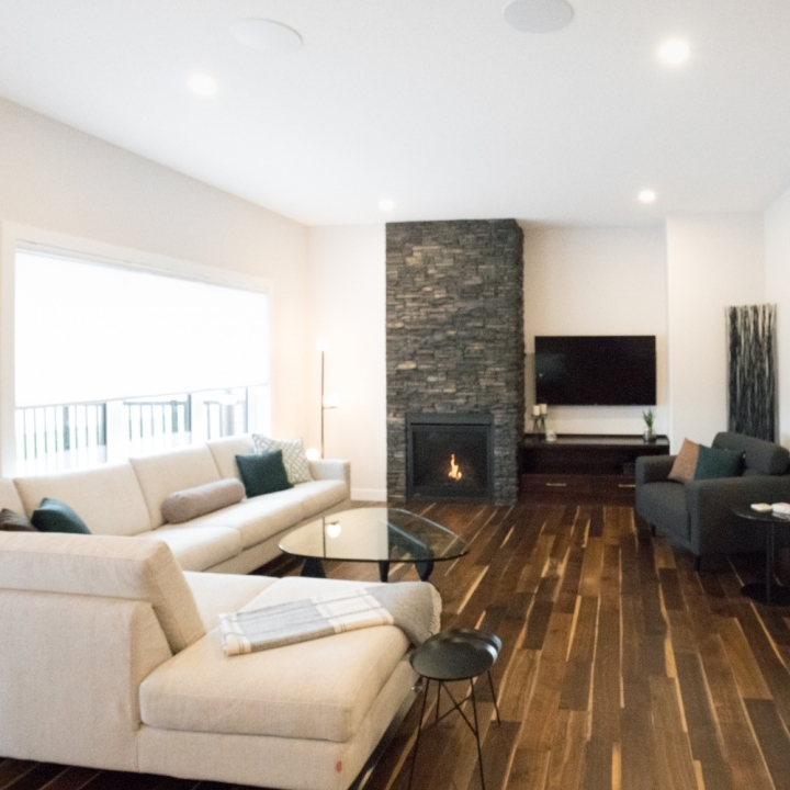 SHOW HOME: 4820 East Primrose Green Drive, Eastbrook CONDITIONAL SALE