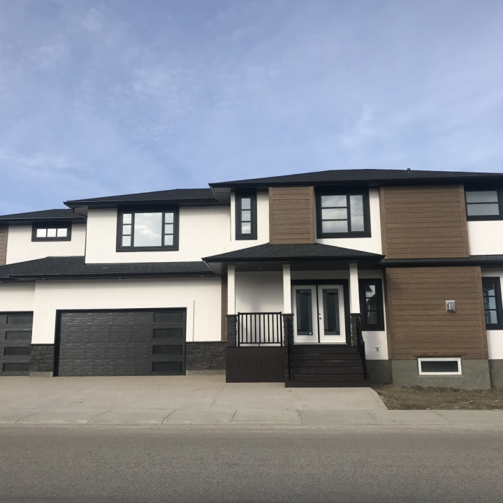 4244 Green Rose Crescent, The Greens on Gardiner - SHOW HOME